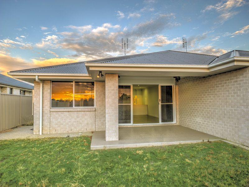 1 & 2 56 Acacia Drive, Miles QLD 4415, Image 2