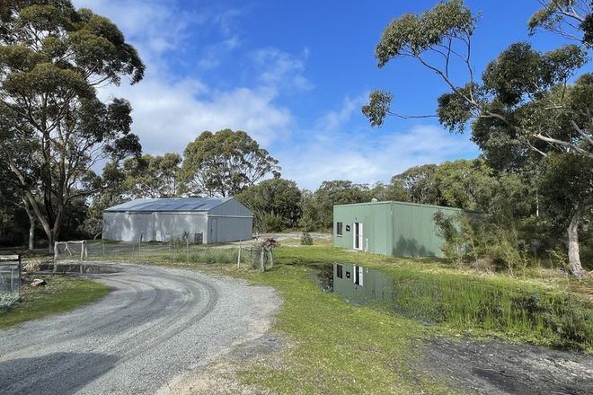 Picture of 108 Symers Street, LITTLE GROVE WA 6330