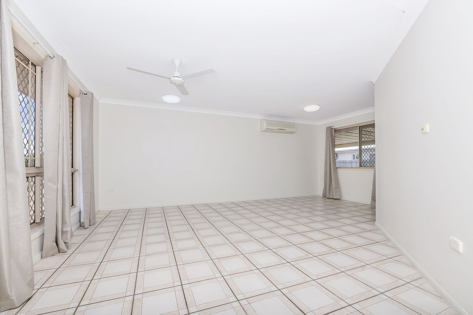 2 Lomond Street, Kirwan QLD 4817, Image 2