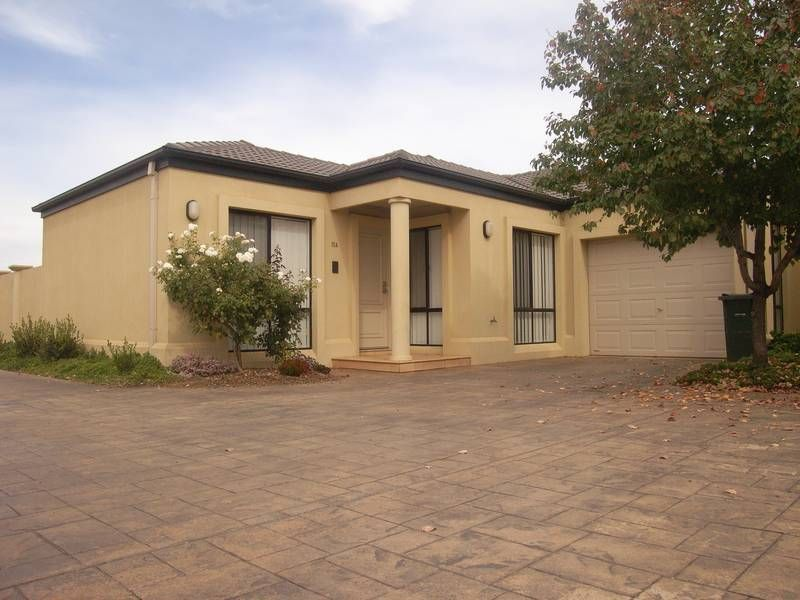 11A Albion Grove Crescent, Griffith NSW 2680, Image 0