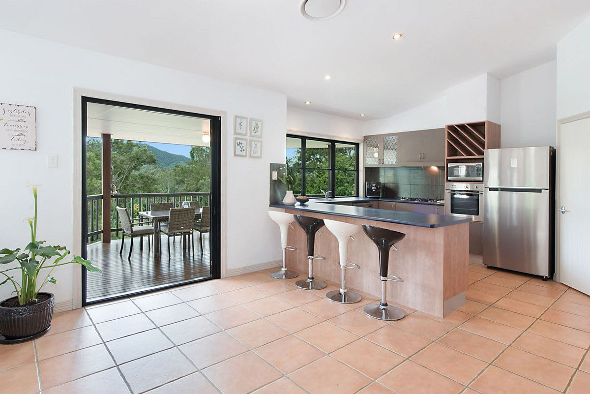 17 Housewood Court, Highvale QLD 4520, Image 2