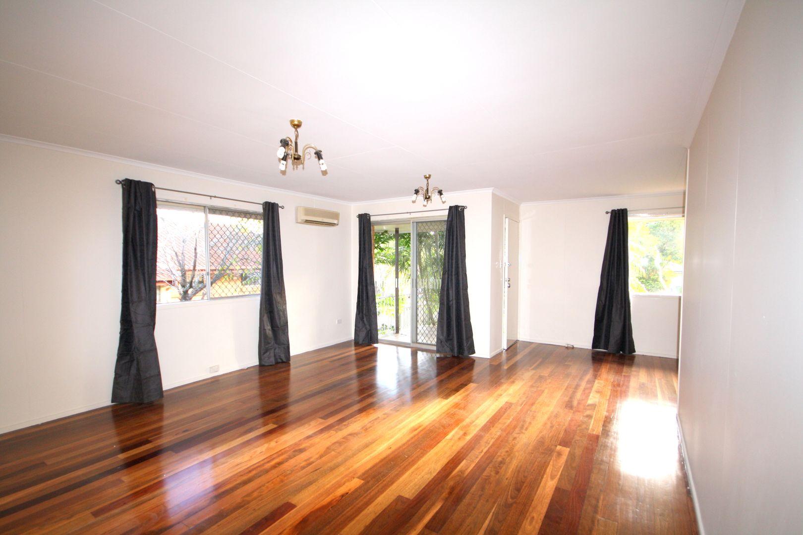 12 Claudia  Street, Kingston QLD 4114, Image 2