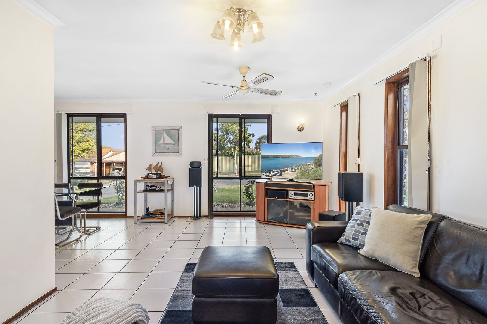 2 Chiltern  Court, Rochedale South QLD 4123, Image 1
