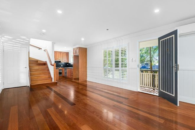 Picture of 1/6 Redcar Street, BULIMBA QLD 4171