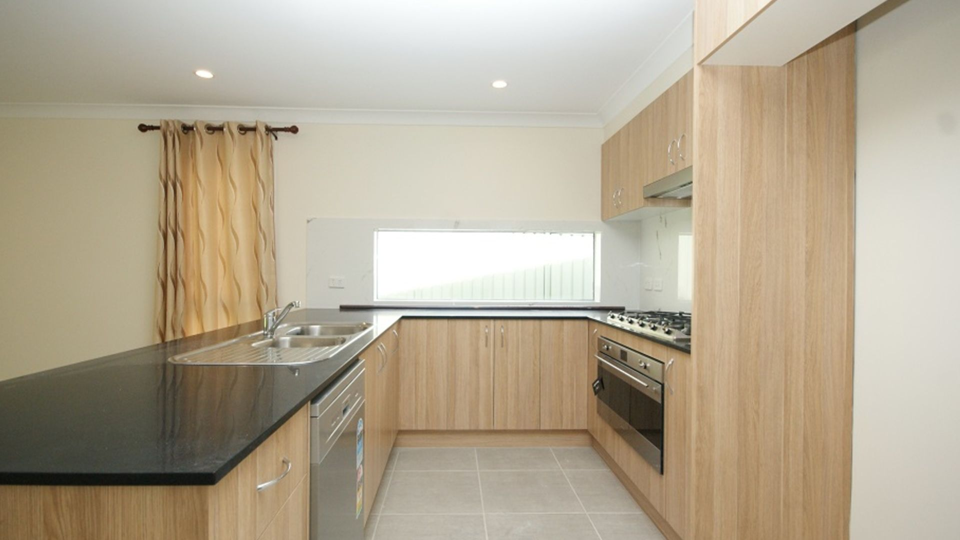 9a Morey Place, Kings Langley NSW 2147, Image 2