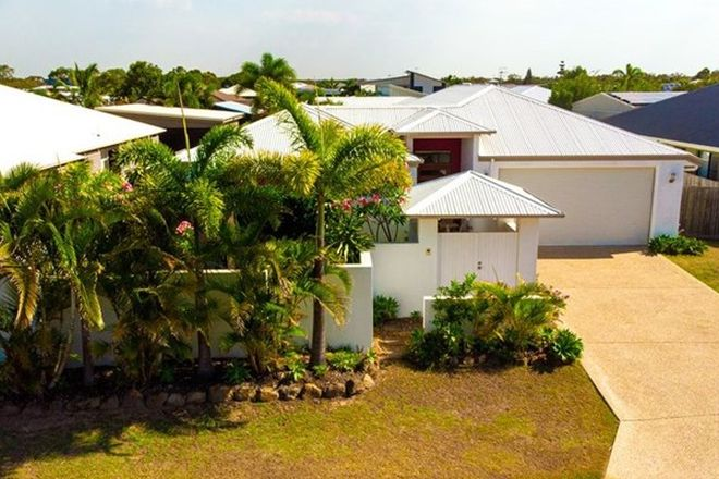 Picture of 31 Traviston Way, BURRUM HEADS QLD 4659