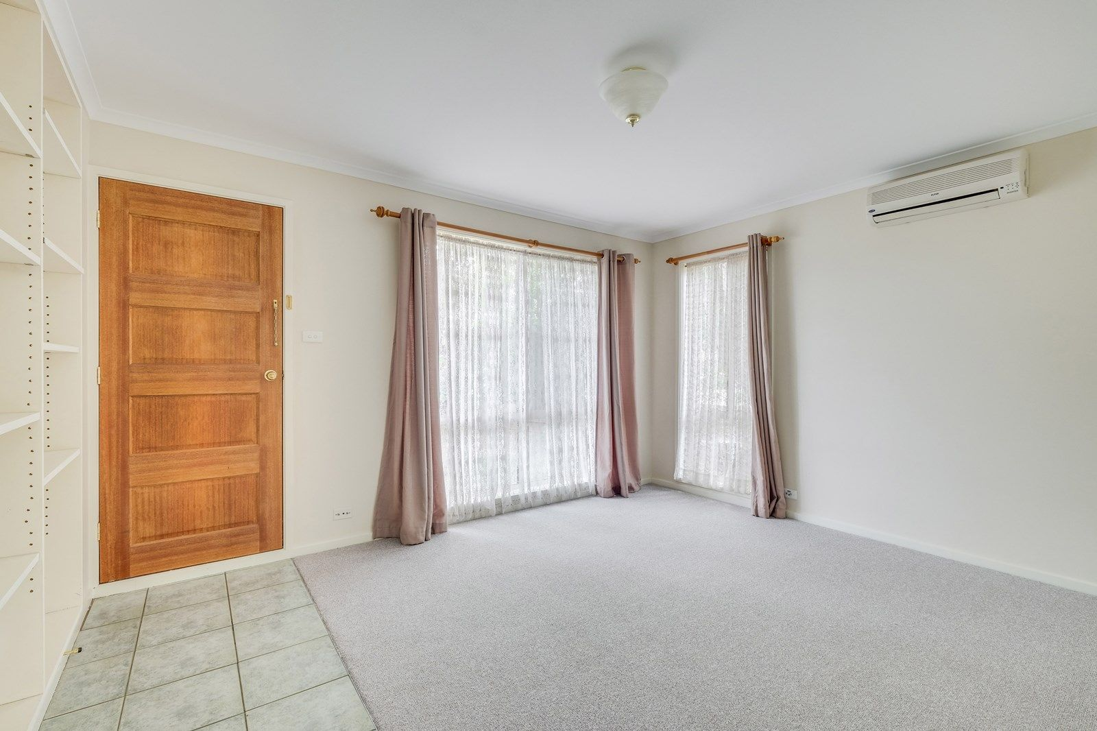 5 Bushby Place, Holt ACT 2615, Image 1