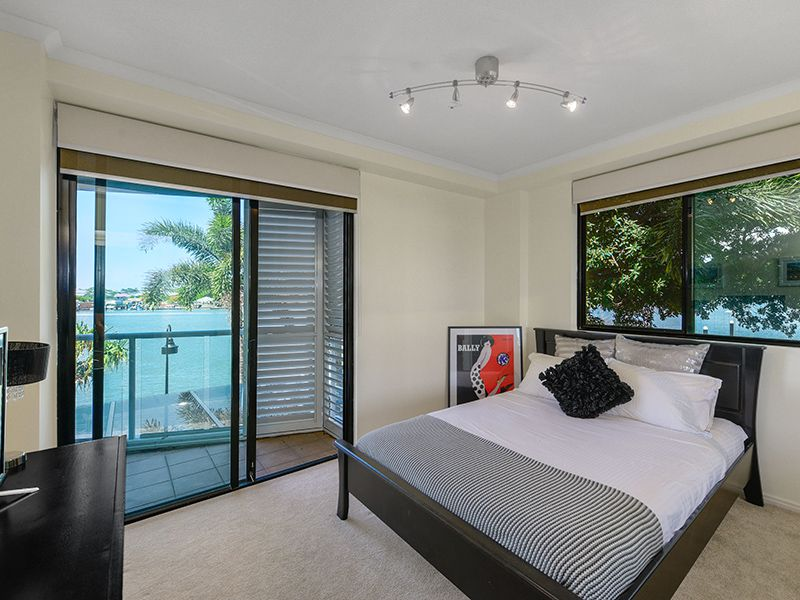 208/1 Gray Street, New Farm QLD 4005, Image 2