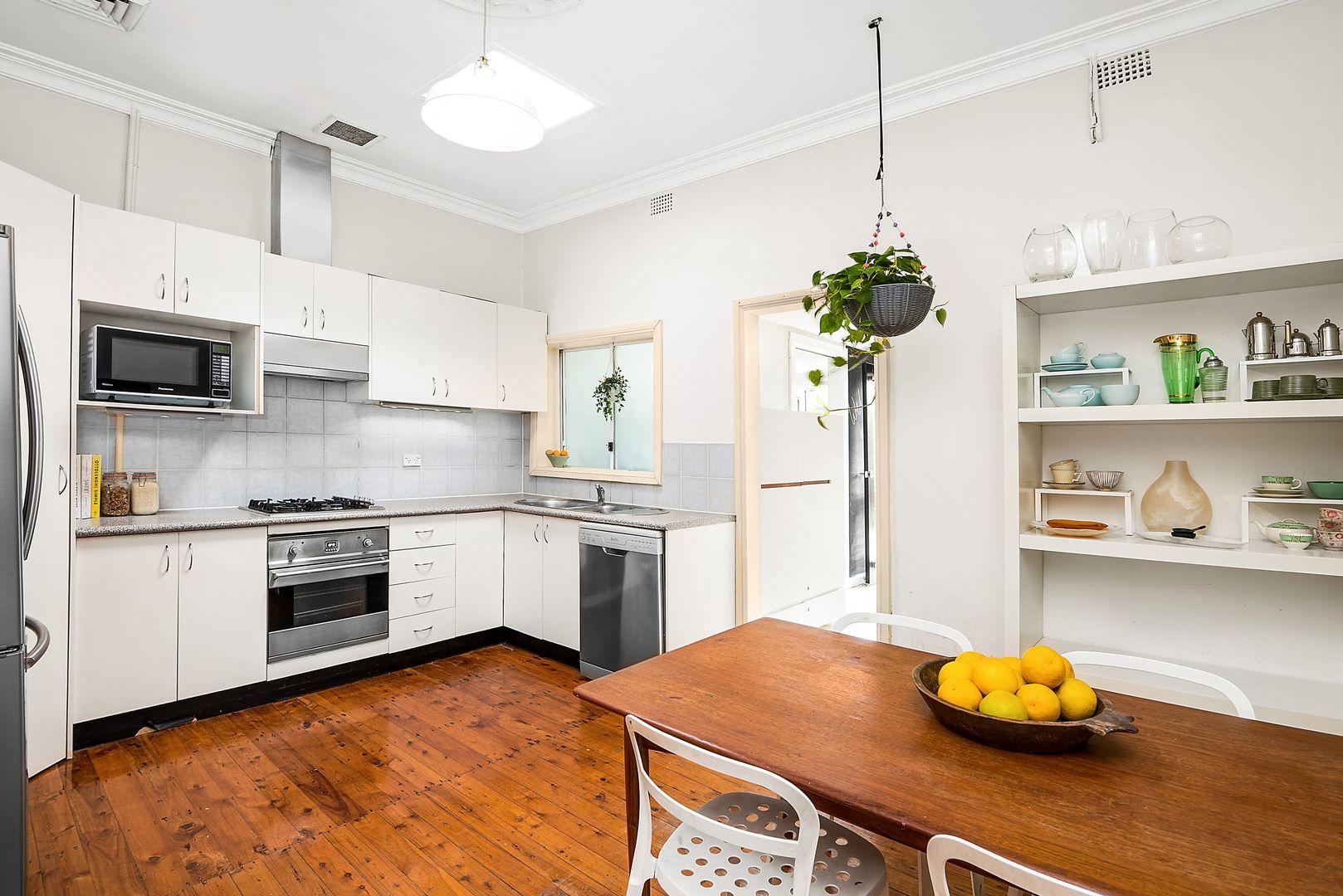 46 Yelverton Street, Sydenham NSW 2044, Image 2