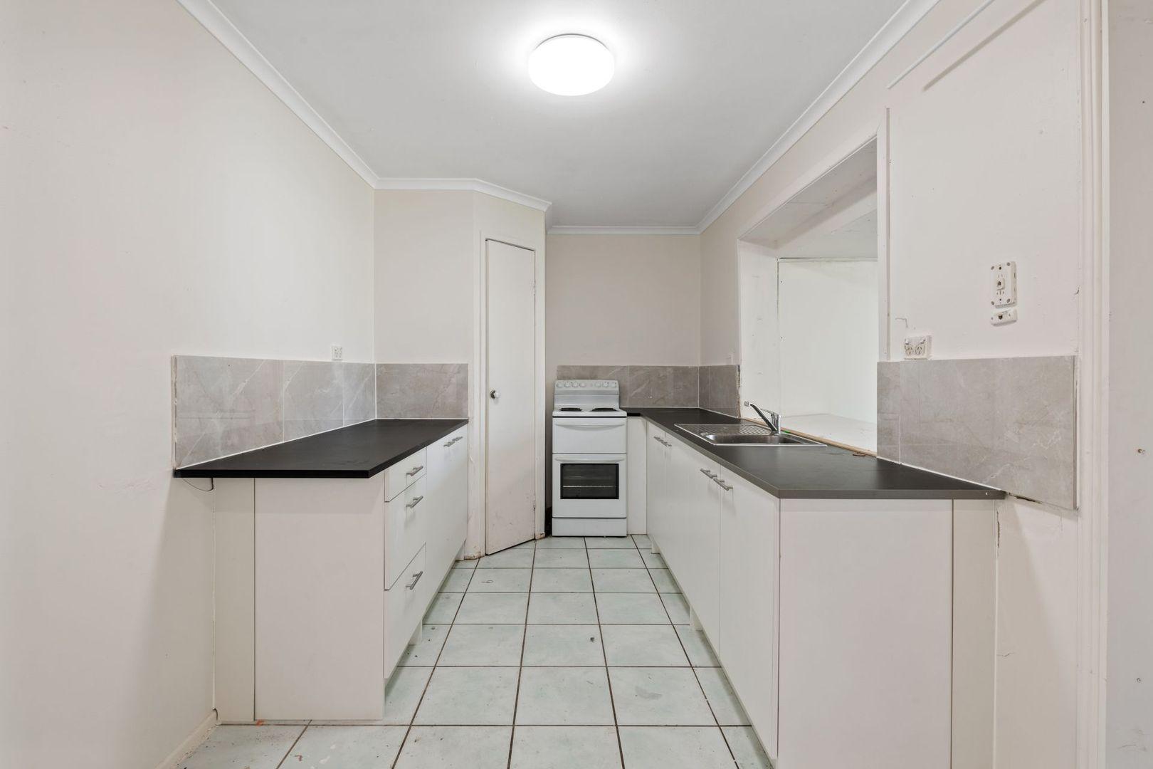 30 Whiteman Street, Crestmead QLD 4132, Image 2