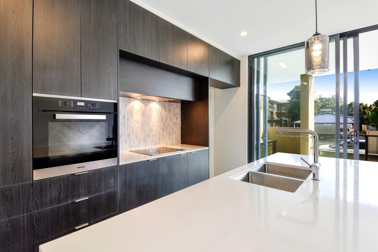 2/61 Kent Street, Hamilton QLD 4007, Image 1