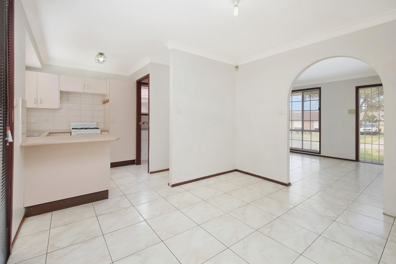 4 Teuma Place, Glendenning NSW 2761, Image 2