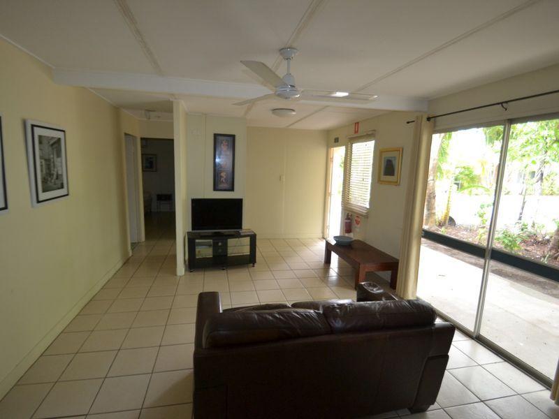 4/93 Horseshoe Bay Road, Bowen QLD 4805, Image 2