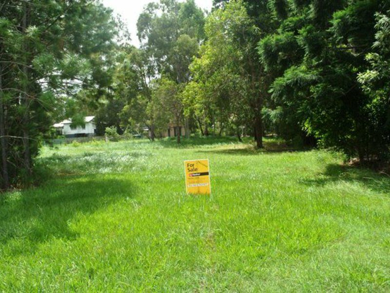 23 Betty Street, Macleay Island QLD 4184, Image 2