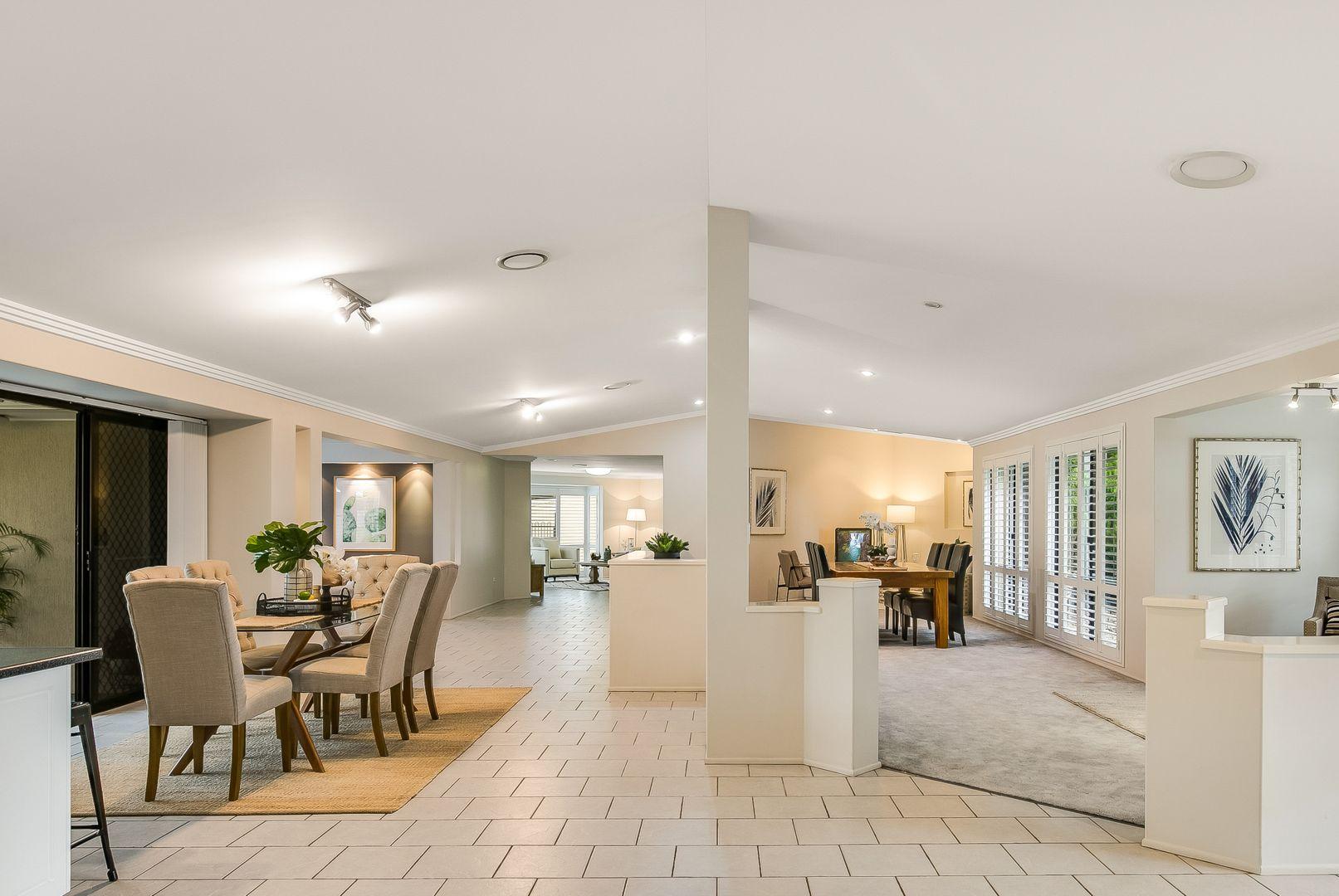 7 Christine Court, Cotswold Hills QLD 4350, Image 2