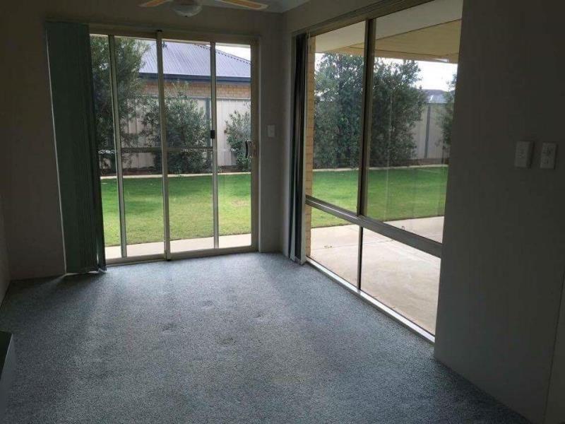 36 Hesketh Avenue, Seville Grove WA 6112, Image 2