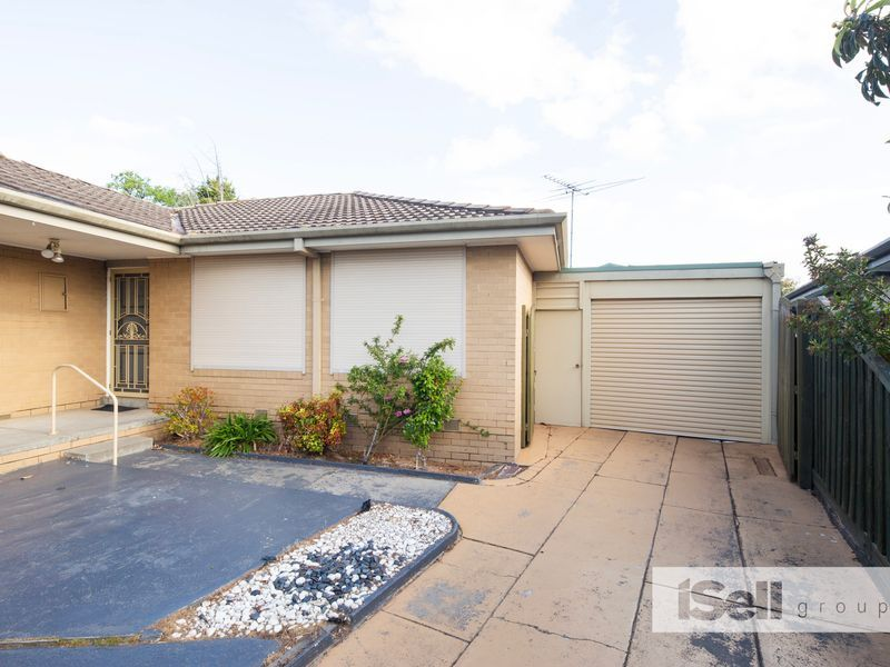 Room 4/14 Hales Court, Keysborough VIC 3173, Image 0