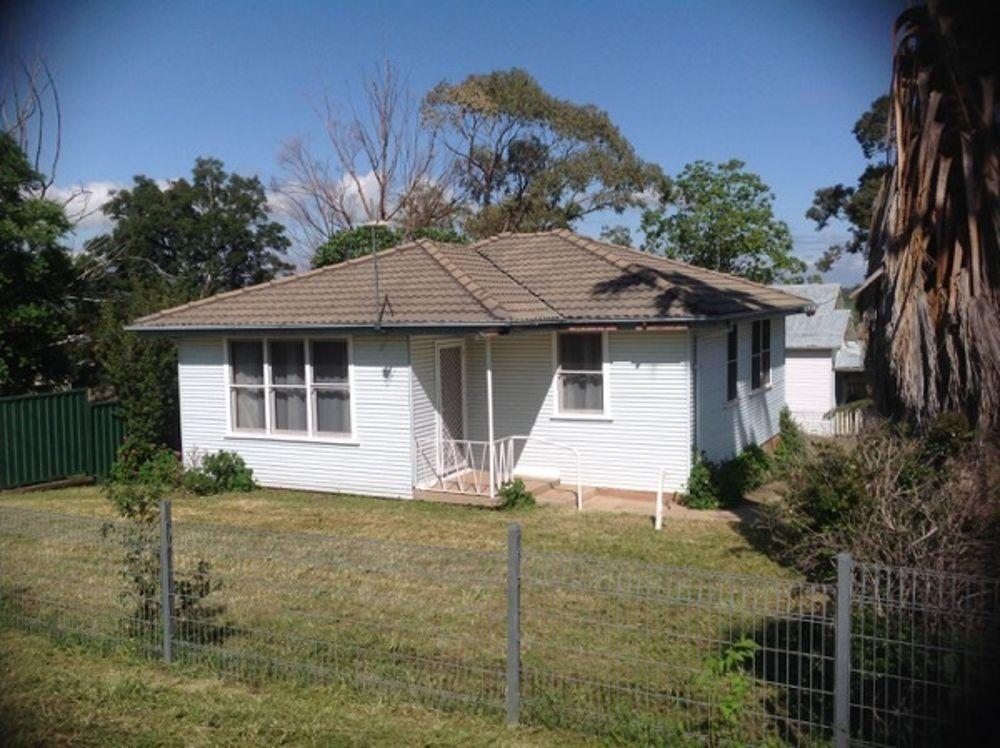 27 Lenord Street, Werris Creek NSW 2341