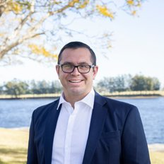 Ryan O'Connor, Sales representative