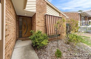 Picture of 8 Darcy Close, Gordon ACT 2906