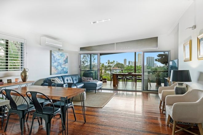 Picture of 17 East Street, BURLEIGH HEADS QLD 4220