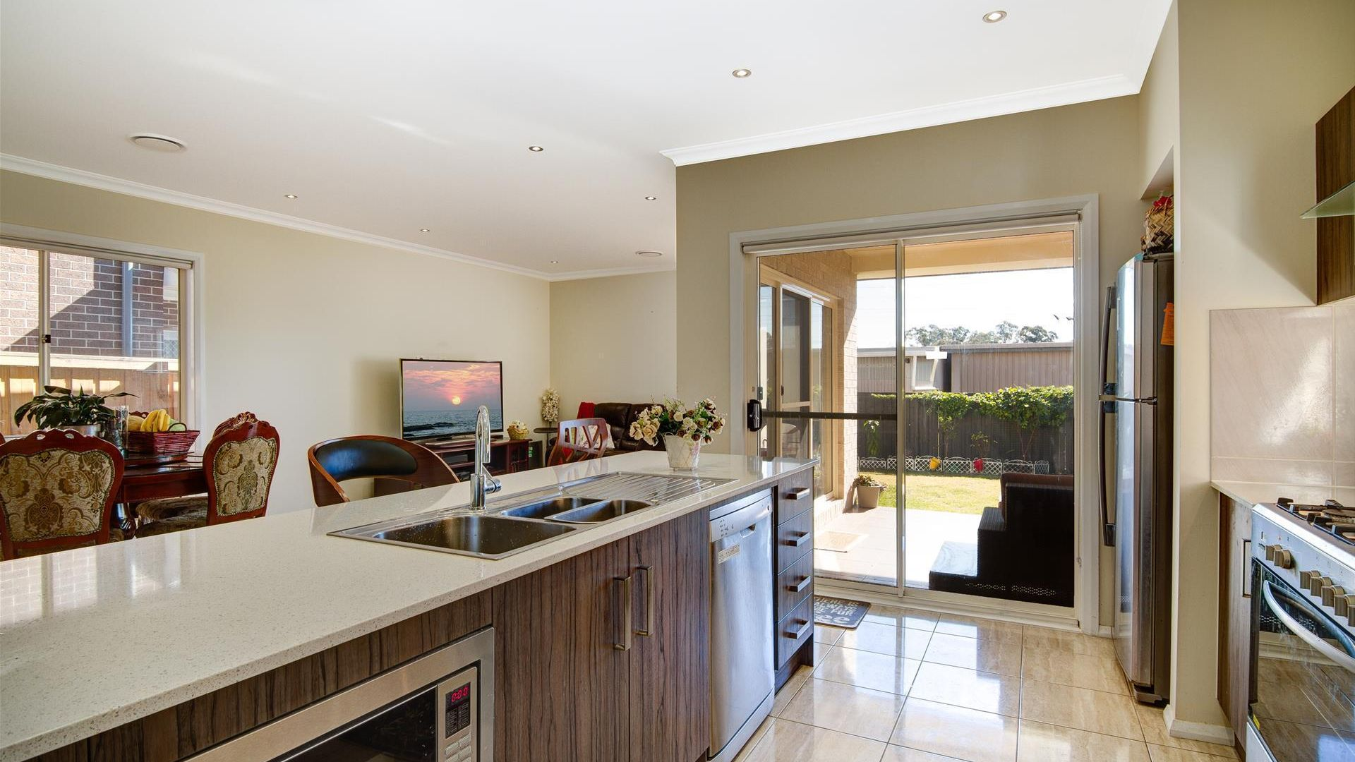 30 Empire Circuit, Penrith NSW 2750, Image 2