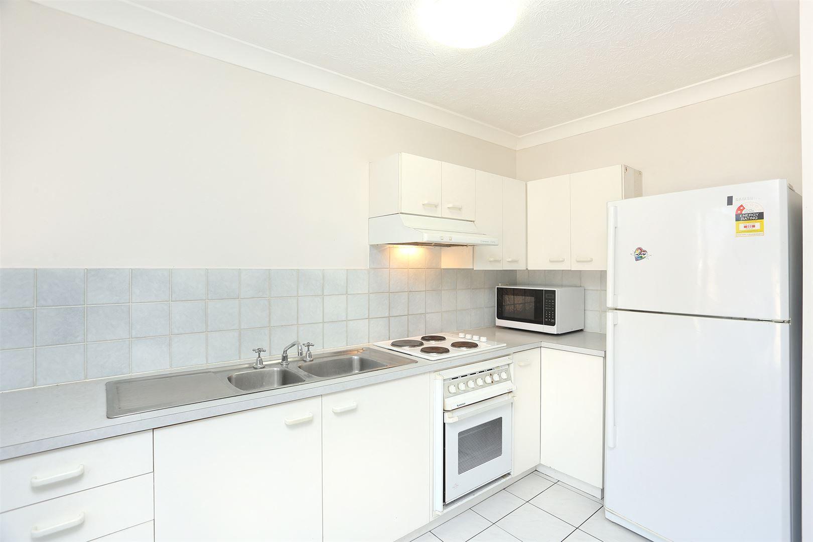1/18 Hilda Street, Hamilton QLD 4007, Image 2