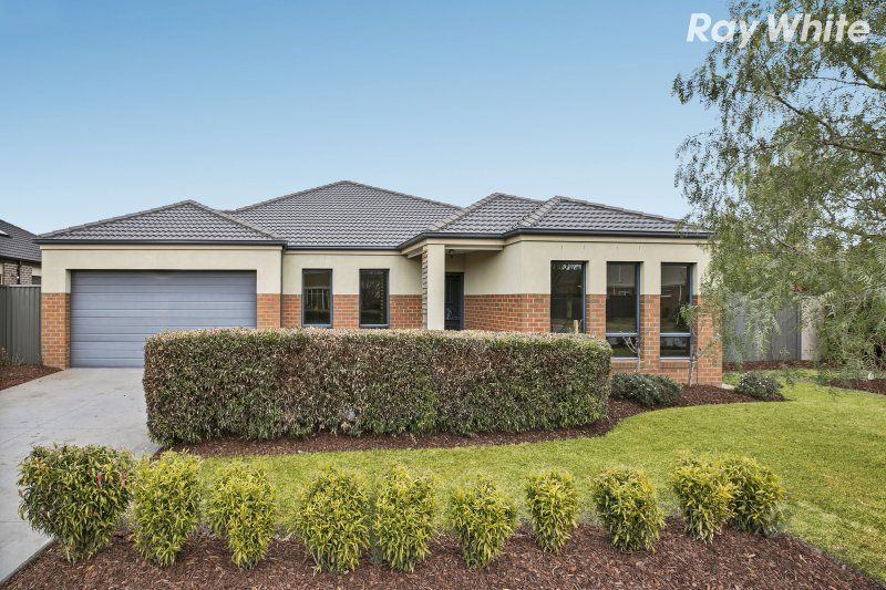 17 Everly Circuit, Pakenham VIC 3810, Image 0