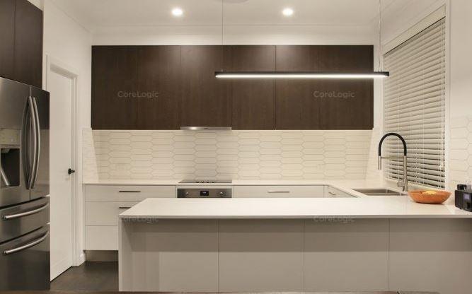 35 Ridgeway Avenue, Southport QLD 4215, Image 1