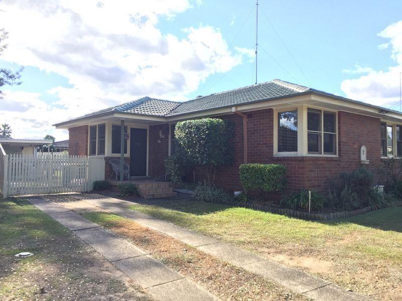 13 Laurence St, Hobartville NSW 2753, Image 0