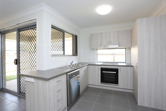 Picture of 1/93B First Avenue, MARSDEN QLD 4132