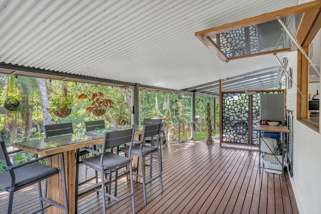 Picture of 44 Hodel Street, WHITFIELD QLD 4870