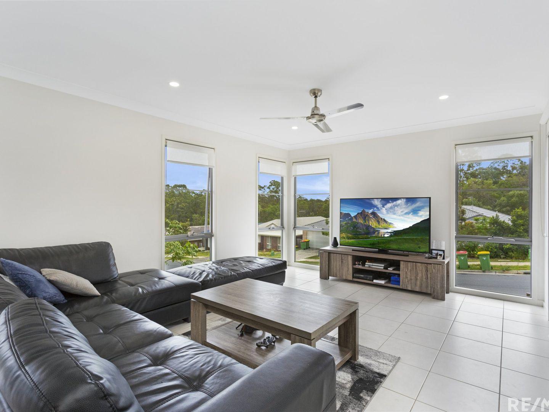 1/2 Justin Street, Pimpama QLD 4209, Image 2