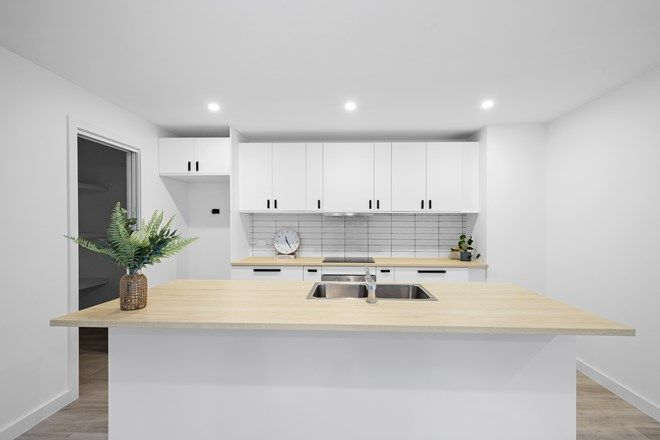 Picture of 2/22 Johnson Place, SURF BEACH NSW 2536