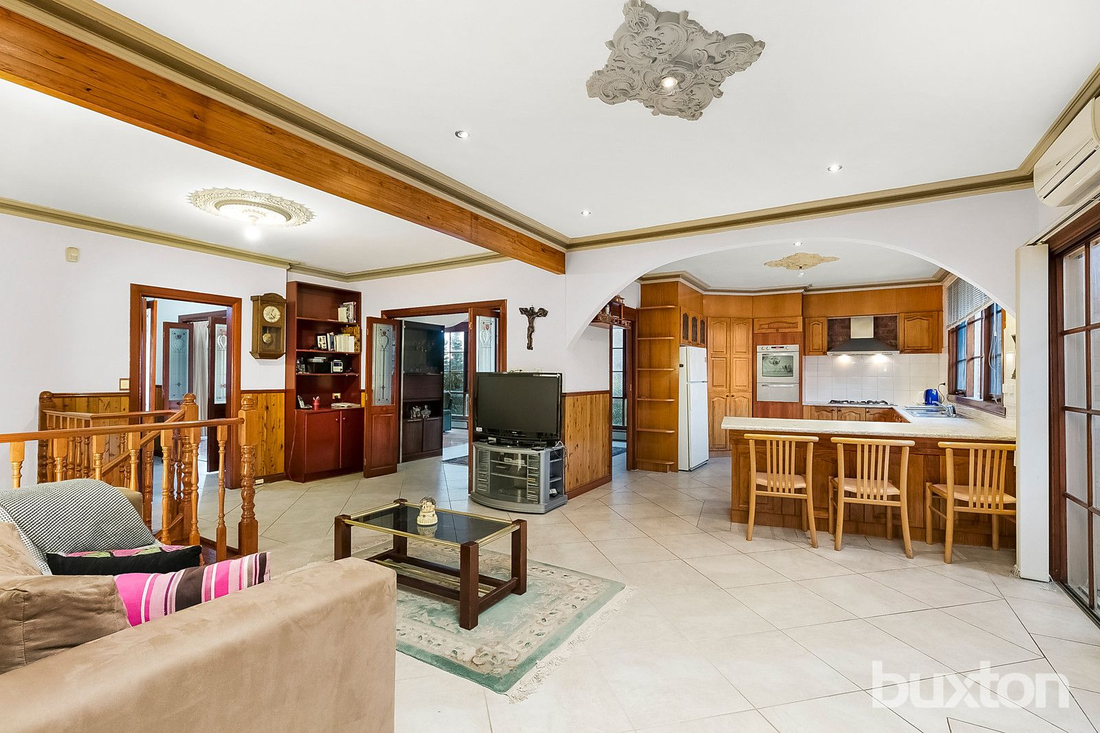 132 Grandview Road, Wheelers Hill VIC 3150, Image 2