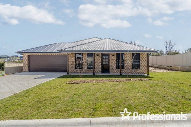 Picture of 7 Newlands Crescent, KELSO NSW 2795