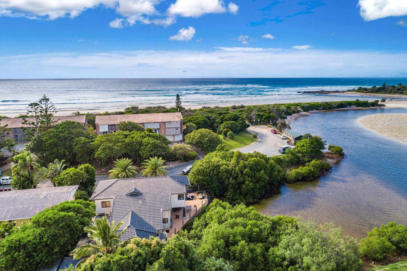 9 Peninsula Street, Hastings Point NSW 2489, Image 1