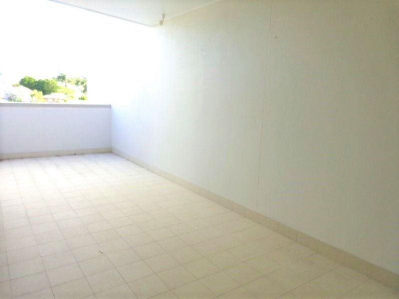 2/635 Logan Road, Greenslopes QLD 4120, Image 1
