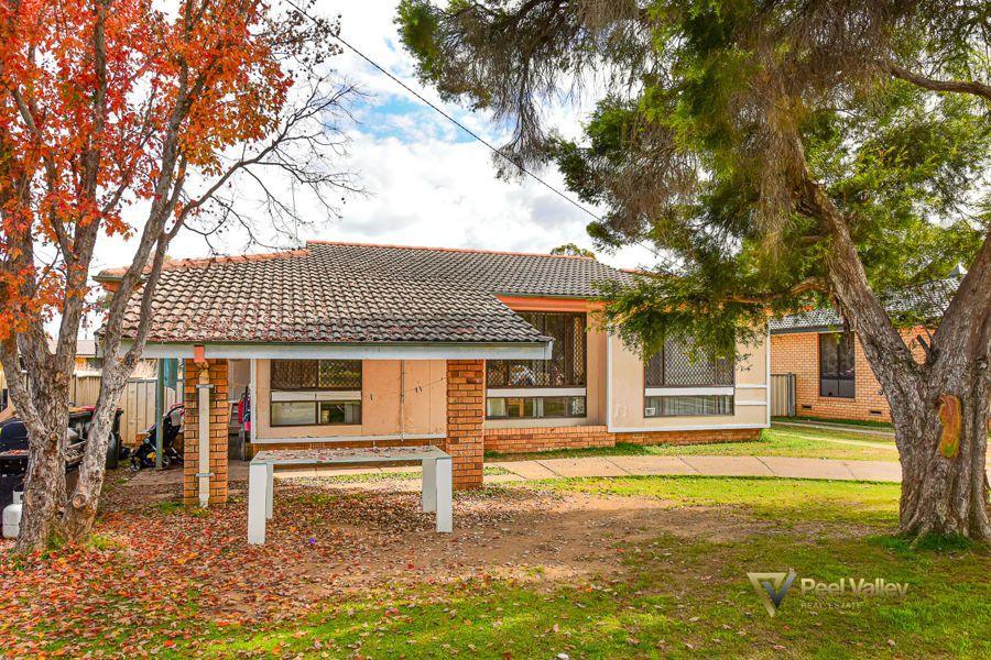 26 Quinn Street, West, Tamworth NSW 2340, Image 0