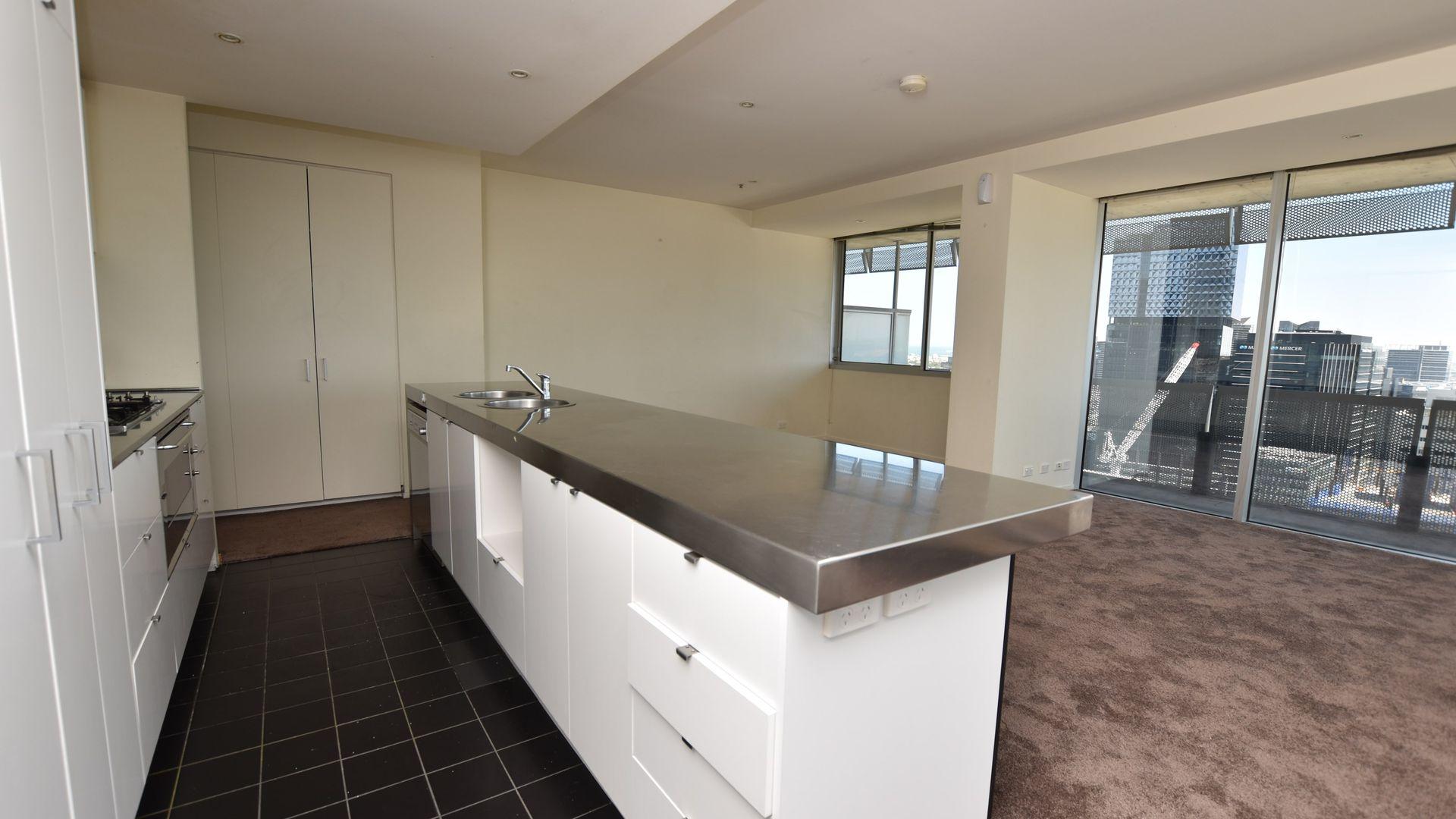 2405/620 Collins Street, Melbourne VIC 3000, Image 2