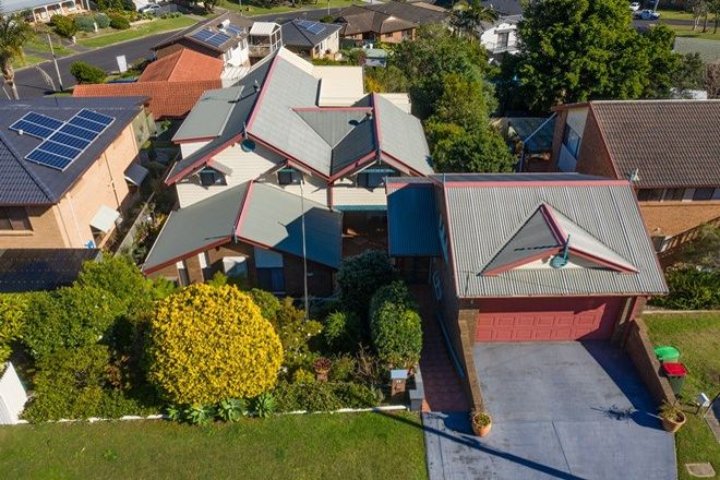 Picture of 29 Rickard Street, BATEAU BAY NSW 2261