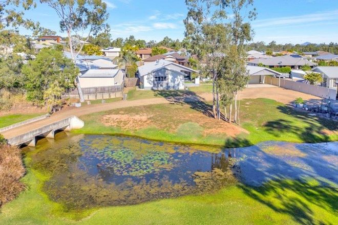 Picture of 31 Mcleod St, BOYNE ISLAND QLD 4680