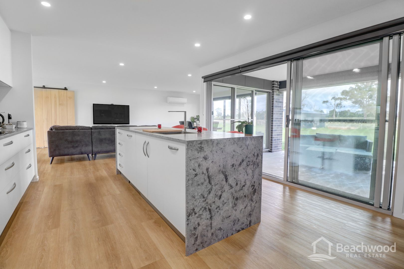 19 Elphin Drive, Squeaking Point TAS 7307, Image 2