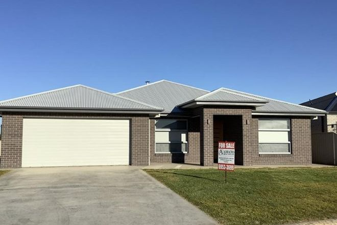 Picture of 18 Isabella Place, LEETON NSW 2705
