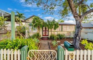 Picture of 10 Lamington Road, West End QLD 4810