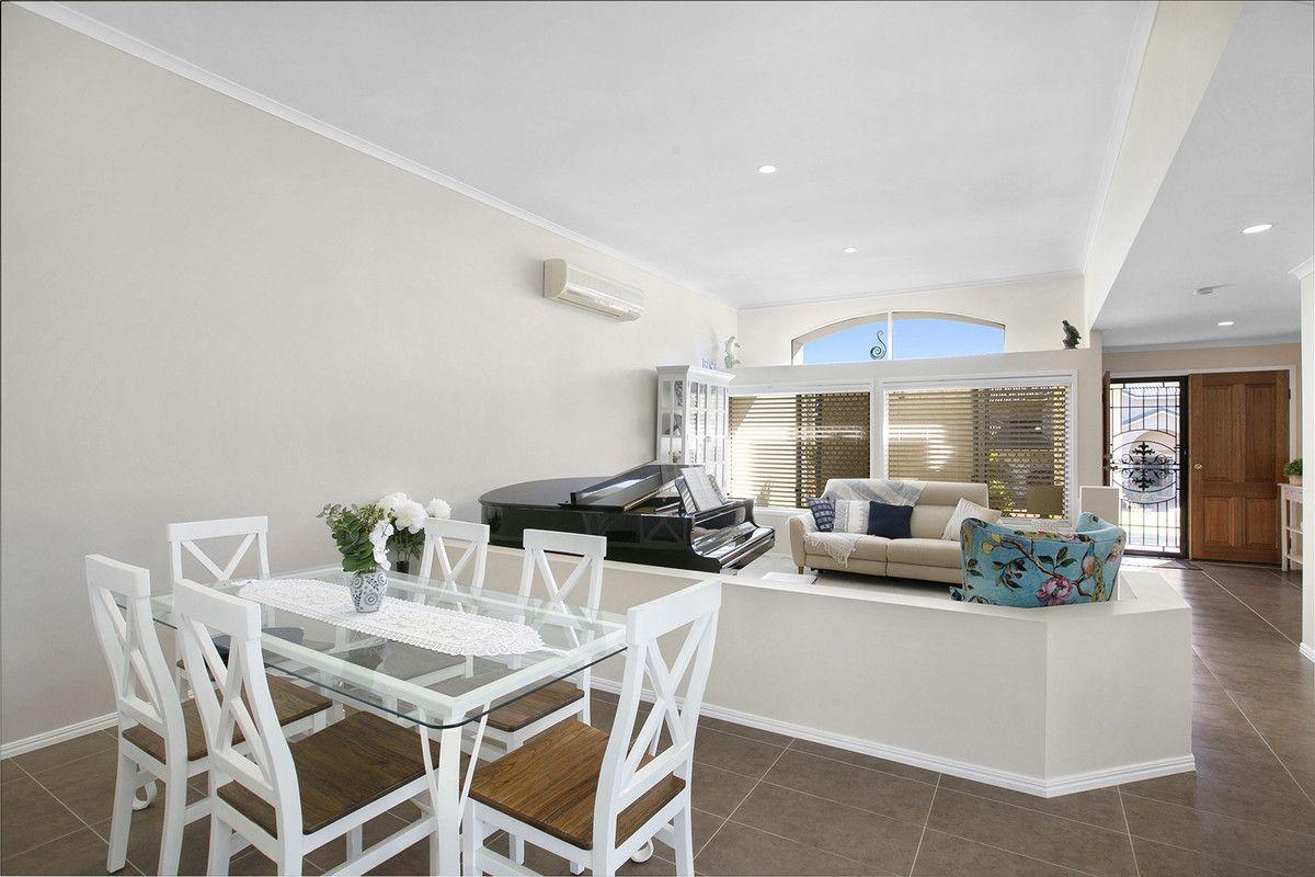 11 John Samuel Place, Ormiston QLD 4160, Image 2