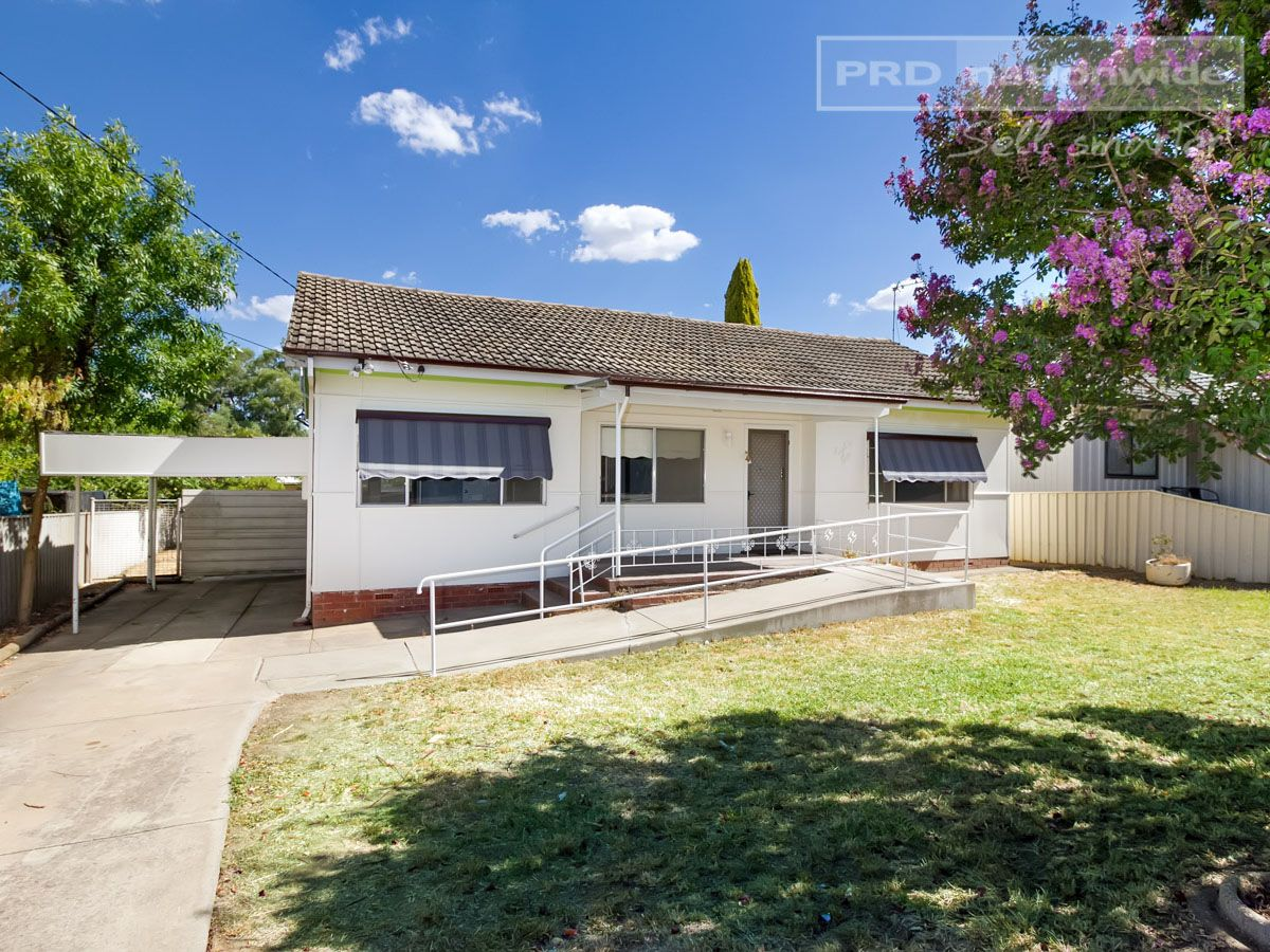 86 Tichborne Avenue, Kooringal NSW 2650, Image 0