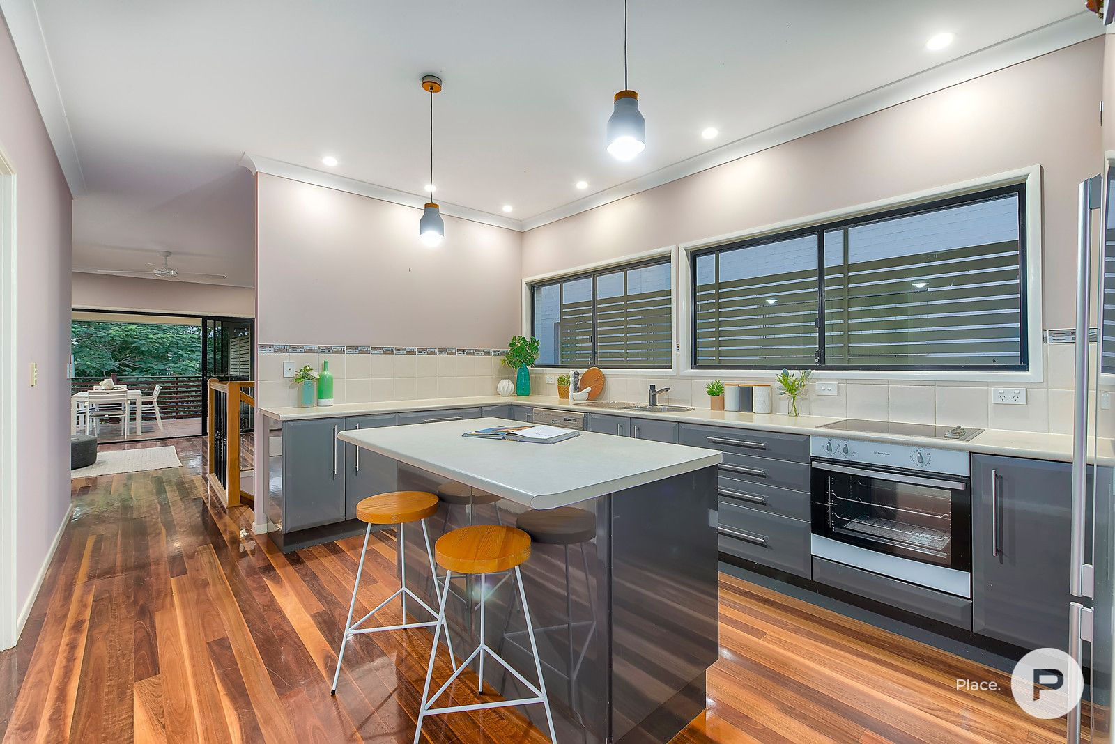 100 Stanley Road, Camp Hill QLD 4152, Image 2
