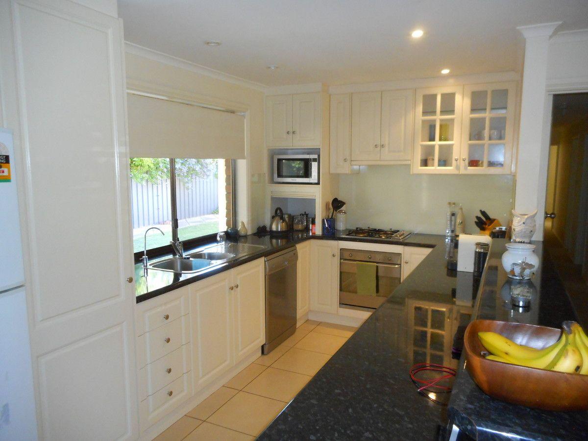15 Abbott Avenue, Mclaren Vale SA 5171, Image 1