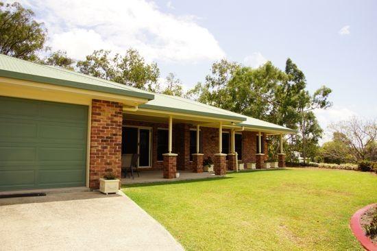 6 Mapley Court, Sarina QLD 4737, Image 2